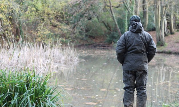 Clothing for Winter Carping: What You Need